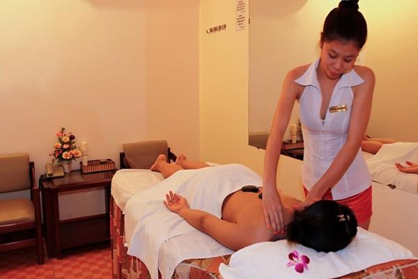 massage-1337A3D000-E25B-4FD6-27FD-C4B32C43580C.jpg
